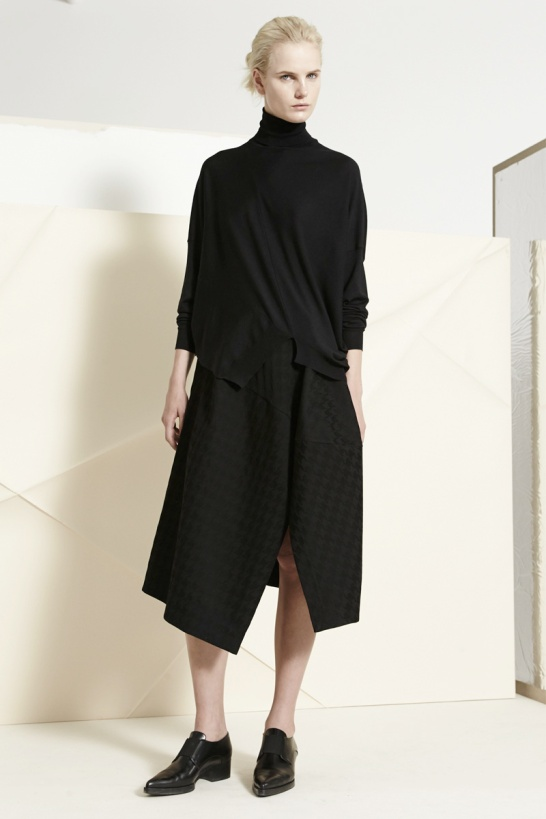 stella-mccartney-pre-fall-2014-12_102417526207